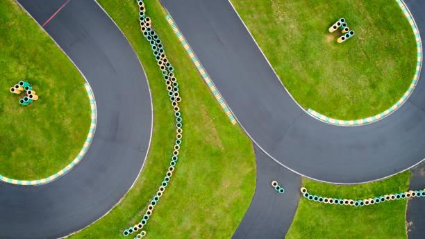 Abstrakte Luftaufnahme der verlassenen Go-Cart-Strecke – Foto