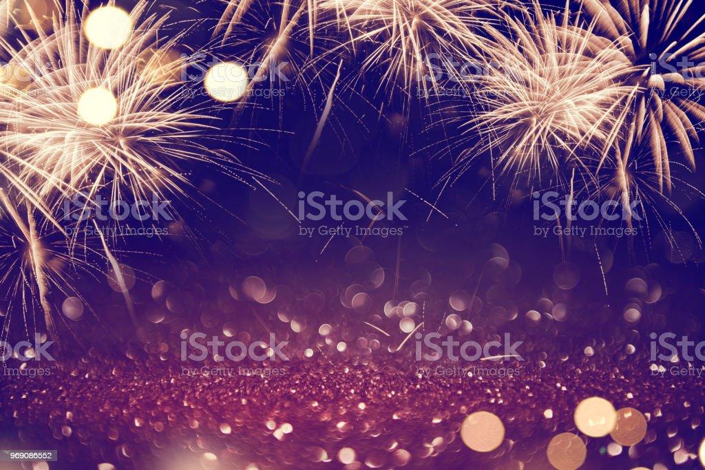 Zusammenfassung Hintergrund Feuerwerk Urlaub. – Foto