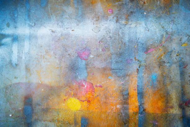 抽象背景從五顏六色的畫在牆上與咕零和劃傷。藝術復古和復古背景。 - 畫 藝術品 個照片及圖片檔