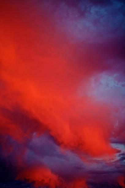 abstrakter hintergrund - himmel bilder stock-fotos und bilder