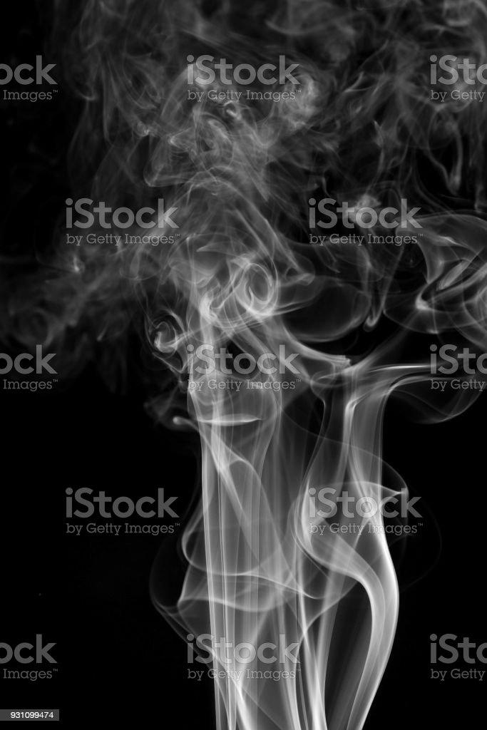 arka plan duman eğrileri ve dalga siyah arka plan üzerinde - Royalty-free Akmak Stok görsel