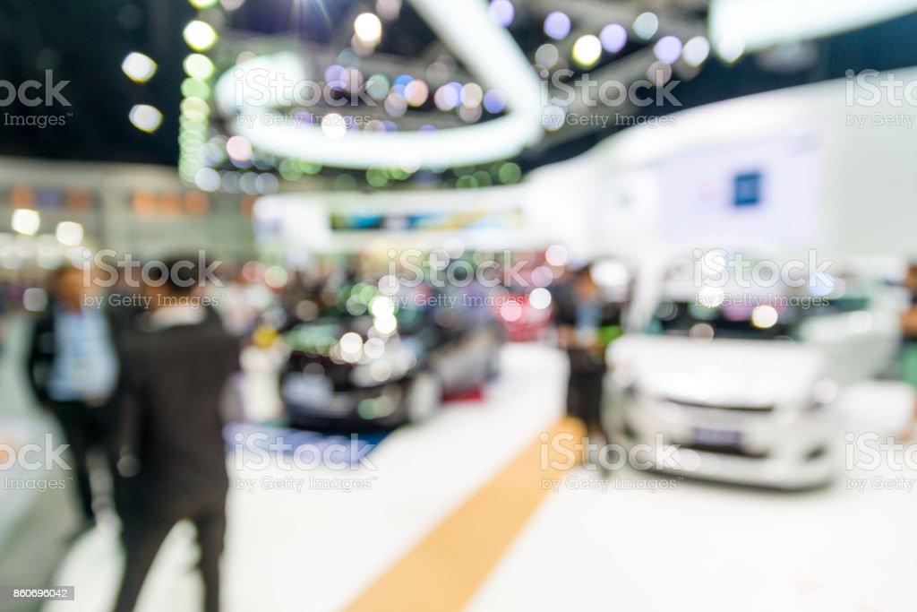 Abstract verwischen und defokussierten Auto und motor Ausstellung zeigen innen für Hintergrund – Foto