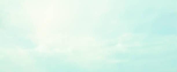 abstrakcyjne rozmycie piękna poranna panorama wschodu słońca i scena chmur z kolorem vintage w panoramicznym projekcie tła jako baner, reklamy i koncepcja prezentacji - pastelowy kolor zdjęcia i obrazy z banku zdjęć