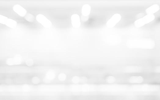 Abstract Blur Exposure Of White Silver Color Background With Bokeh Light For Design Element Concept - zdjęcia stockowe i więcej obrazów Abstrakcja