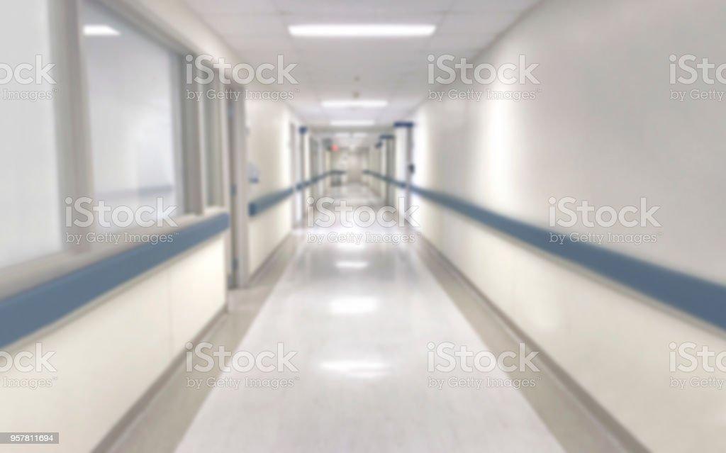 abstrakte unscharfe krankenhaus flur unscharf gestellt medizinischen hintergrund lizenzfreies stock foto