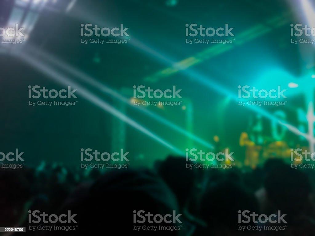 Abstrakt suddig. konsert i liten klubb. - Royaltyfri Bildbakgrund Bildbanksbilder