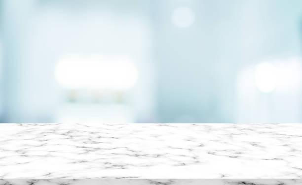 표시, 광고, 디스플레이 개념에 디자인 제품에 대 한 흰색 대리석 패턴 탁상과 추상 흐리게 현대 인테리어 욕실 배경 - 욕실 뉴스 사진 이미지