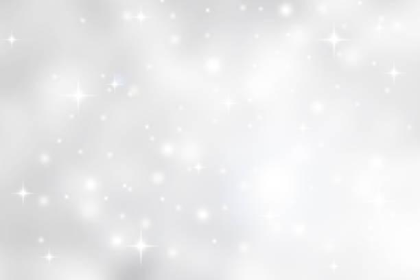 аннотация размытые мягкие белые и серые серебра красивые светящиеся мигает bokeh и снегопад и звезды на красочном фоне для счастливого рожде� - блестящий стоковые фото и изображения