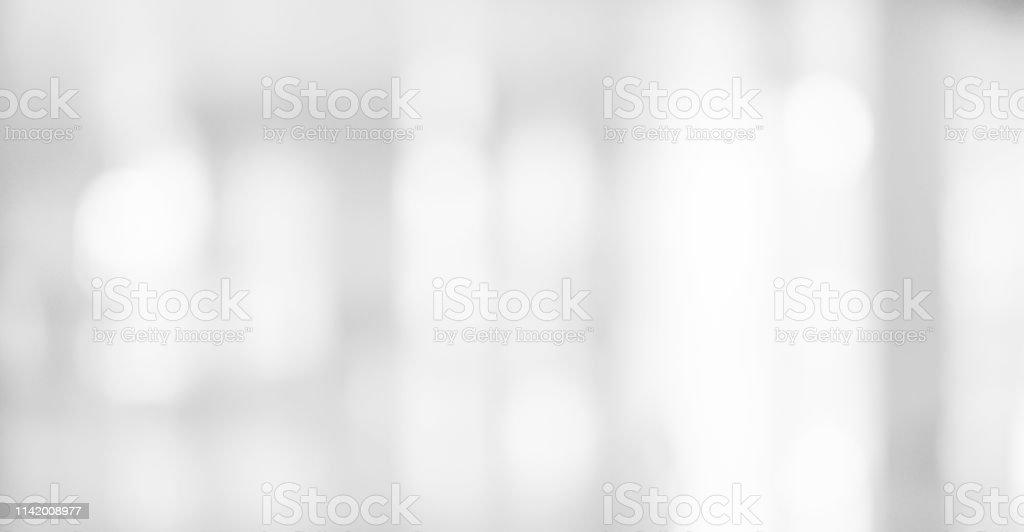 Abstracta borrosa suave plata blanca hermosa de lámpara electrónica de fondo de la habitación interior luz para el diseño de banner y presentación concepto foto de stock libre de derechos