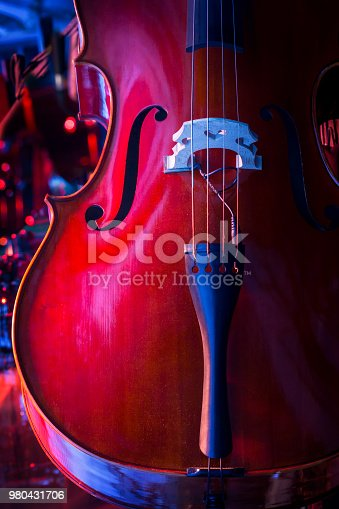 istock Abstract cello image. 980431706
