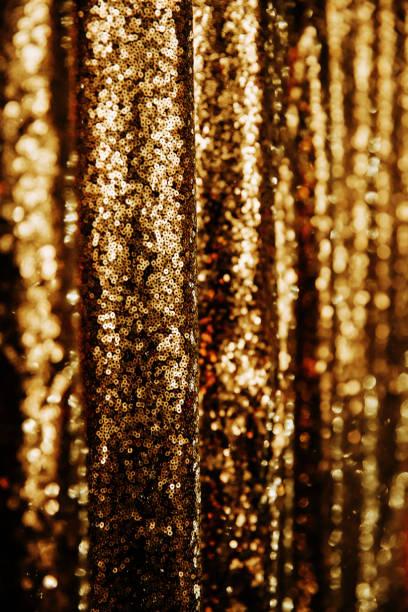 抽象的な黄金のきらめきの背景。 - glitter curtain ストックフォトと画像