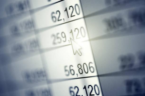 abstrakten numerischen daten - tabellenkalkulation stock-fotos und bilder