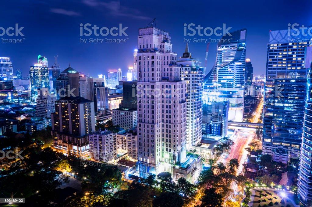 城市景觀淺藍色濾鏡-可用於在產品上顯示或蒙太奇圖像檔
