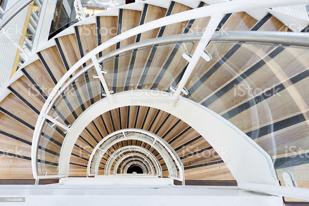 Abstrait escalier en colimaçon - Photo