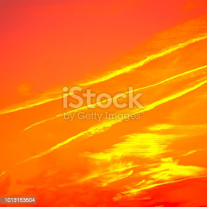 1013154212istockphoto Abstract Surreal fiery red bright background 1013153504