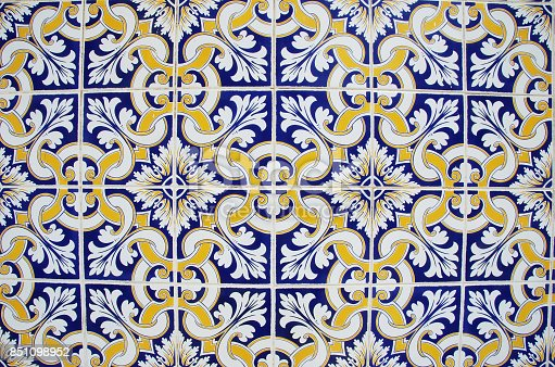 istock abstract tile pattern in blue, yellow and white 851098952