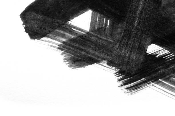 Traçados de pincel aquarela abstrata de tinta sobre papel branco de fundo. Listra de pintura do grunge. Coleção preto pincel isolado. - foto de acervo