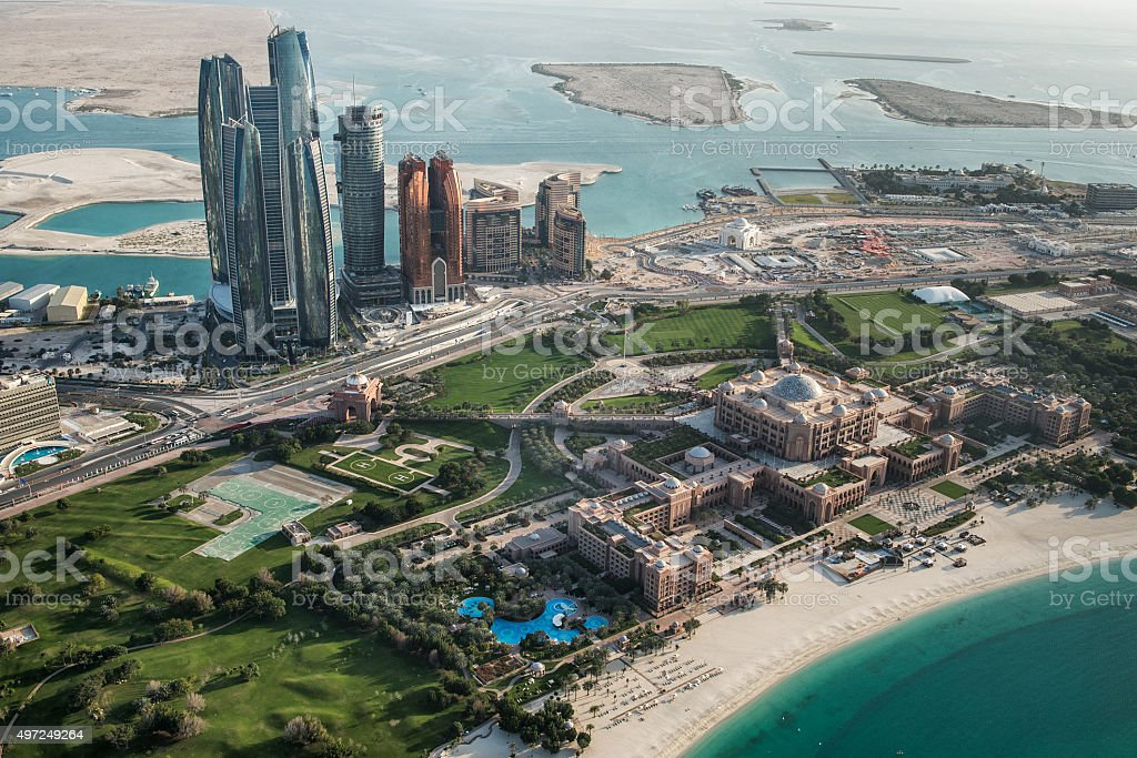 Abu Dhabi area viewed from the sky​​​ foto