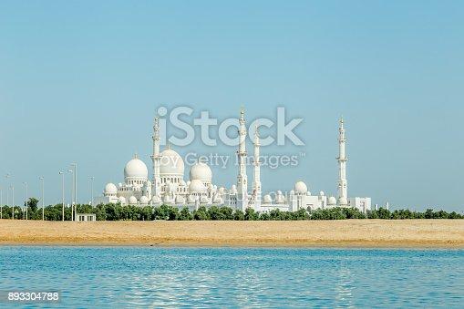 istock Abu Dhabi, United Arab Emirates, 2017, May 21; Sheikh Zayed Grand Mosque. 893304788