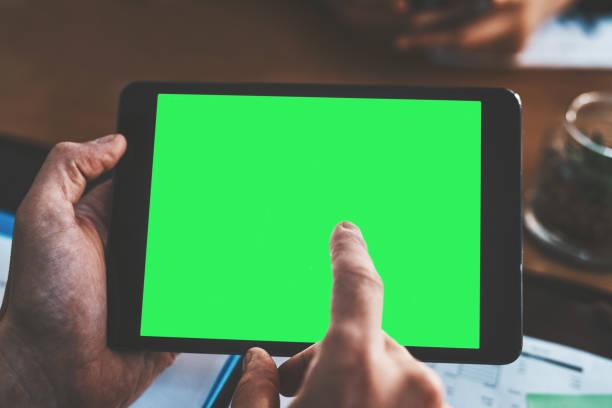 acceder a la información es tan fácil como uno, dos, toque - zoom meeting fotografías e imágenes de stock