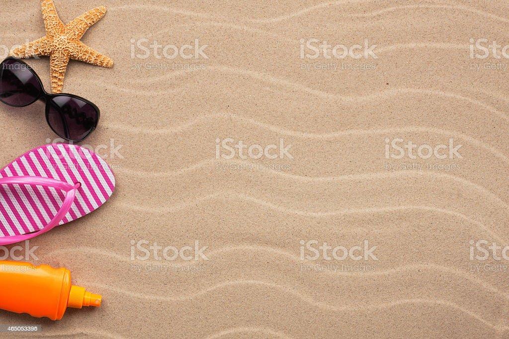 Akcesoria do plaży, leżąc na plaży – zdjęcie