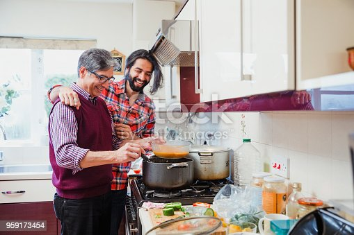 istock Accompanying Dad While he Cooks 959173454