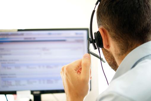 Account Manager In A Call Center - zdjęcia stockowe i więcej obrazów Asystent