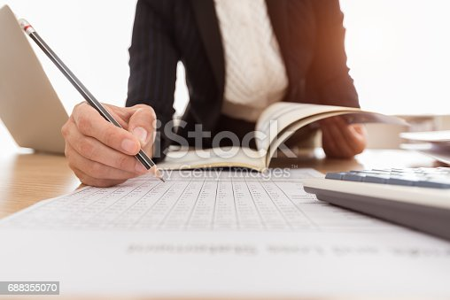 istock accounting business 688355070