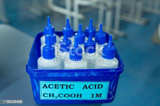 Common laboratory acid used for junior school experiments.