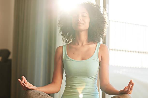 alcançar a saúde e felicidade por meio de ioga - consciencia negra - fotografias e filmes do acervo