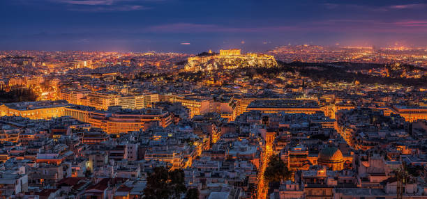 夜のギリシャのアクロポリス - アテネ ストックフォトと画像
