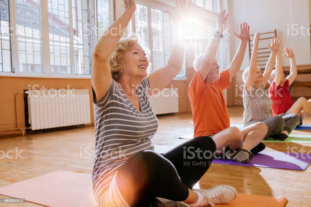 aînés actifs bénéficiant de retraite - Photo