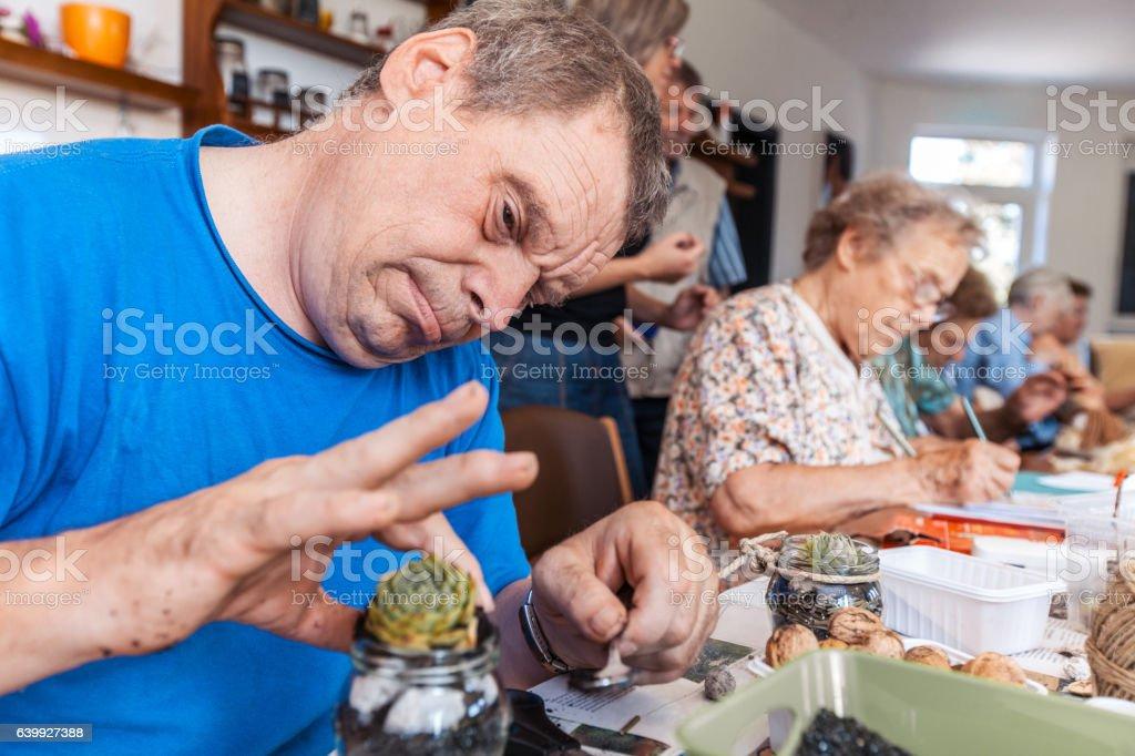 Active Seniors in an Elderly Daycare Center – Foto