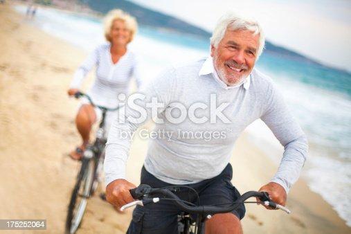 istock Active seniors 175252064
