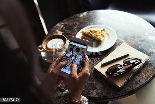 istock Active social media user 855173174