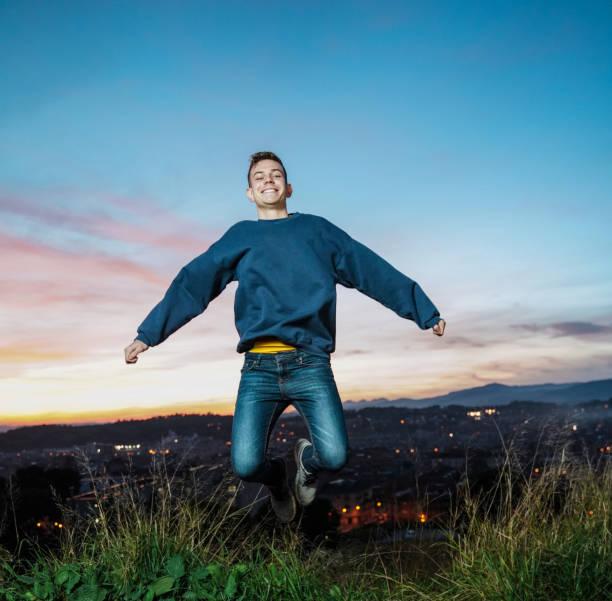 Aktiver junger Mann – Foto