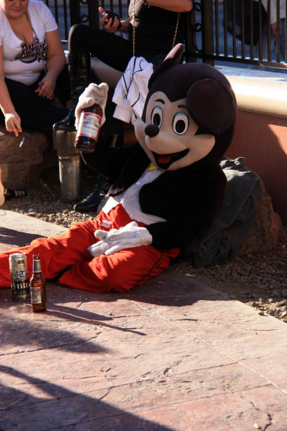 Actor playing a drunken mascot in las vegas nv picture id937752868?b=1&k=6&m=937752868&s=612x612&w=0&h= qzjvyd67t h1y6527hdmnsftksquqa 6bef6wzx0us=