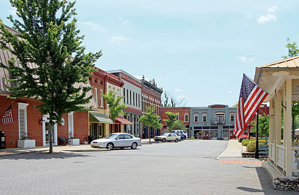 Adairsville Georgia The small North Georgia town of Adairsville, located in Northwest Georgia, approximate population of 4600 people.  A small Southern town's preserved 19th century main street shopping area.  Small town USA. americana stock pictures, royalty-free photos & images