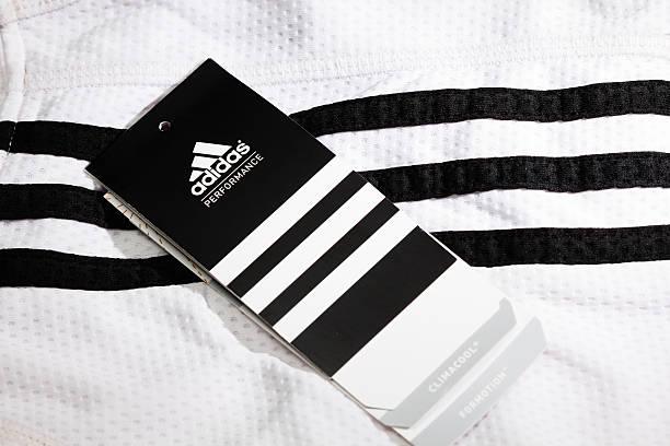 adidas - pengpeng stock-fotos und bilder