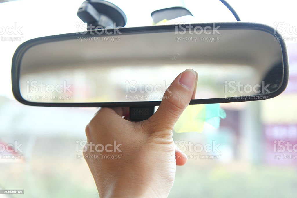 adjust rear view mirror - foto de acervo