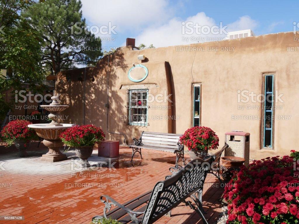 Adobe building shops in Albuquerque stock photo
