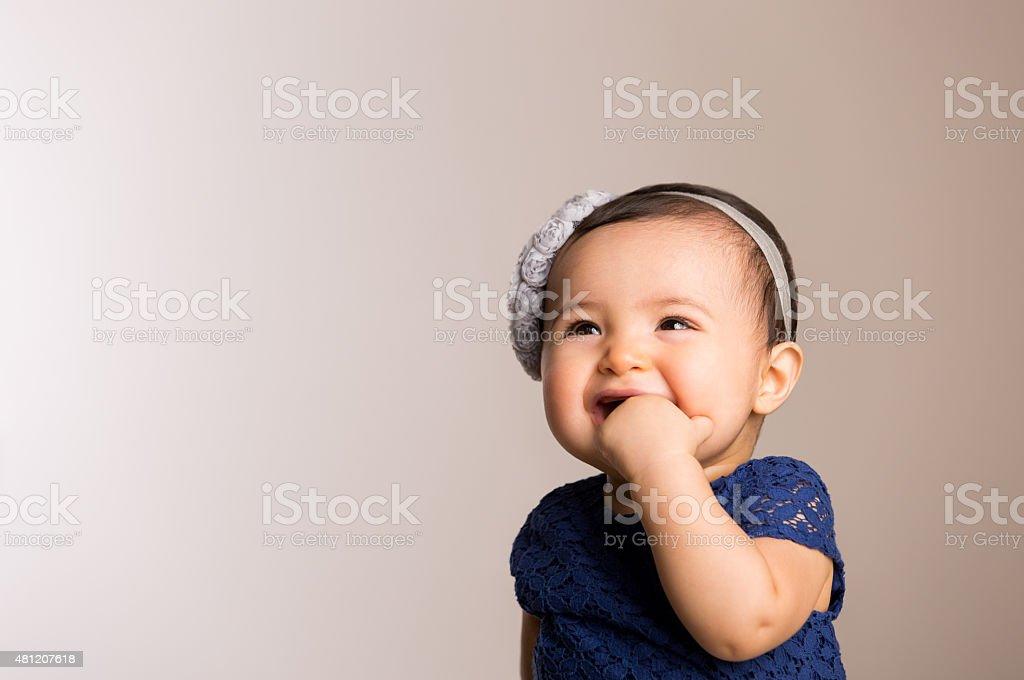 Adorável menina bebê - foto de acervo