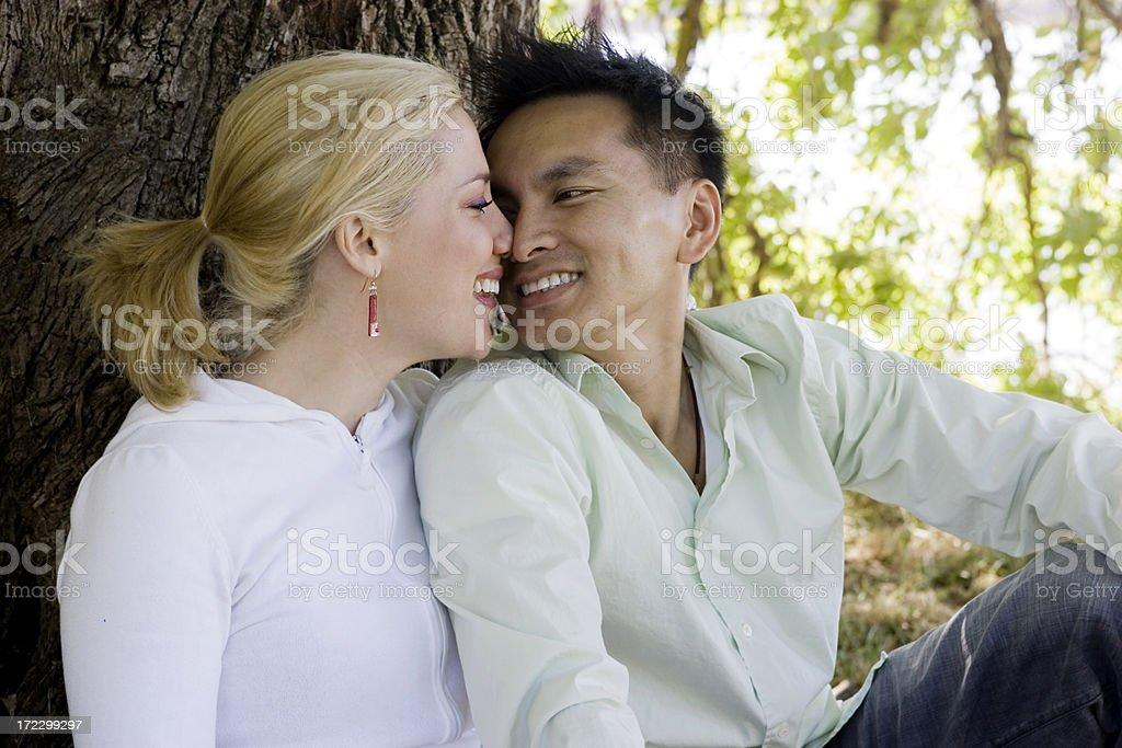 familie tegen interraciale dating Dating Divas 12 dagen van Kerstmis
