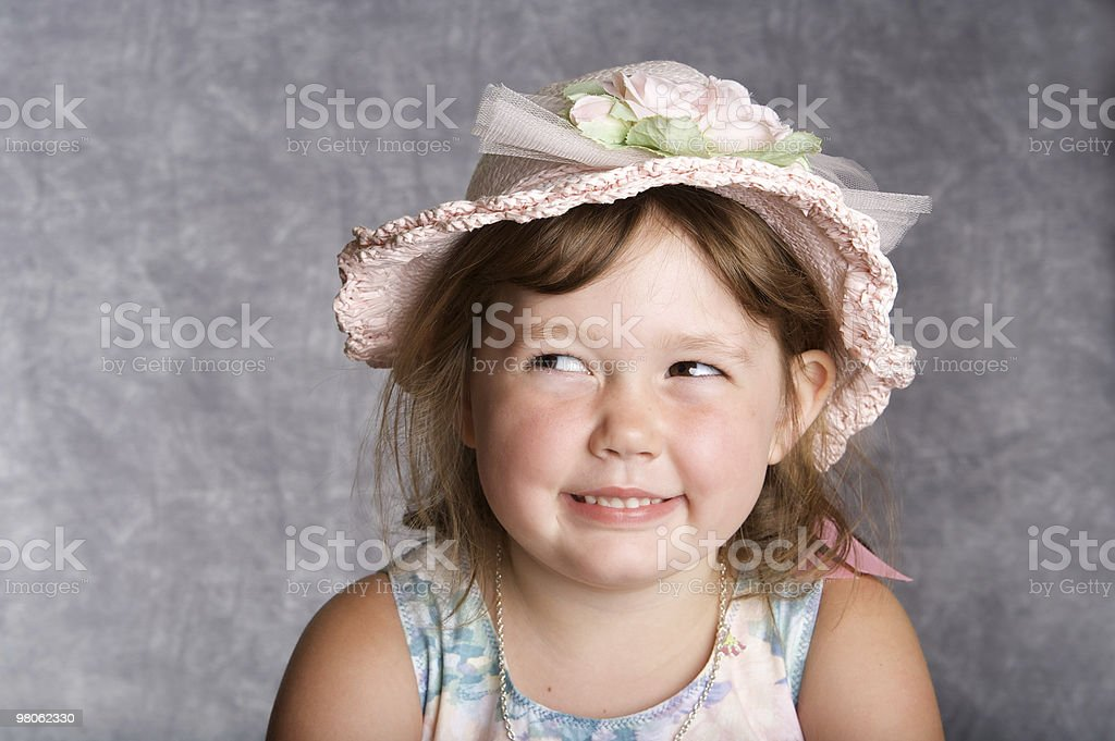Adorabile bambina nel cappello foto stock royalty-free