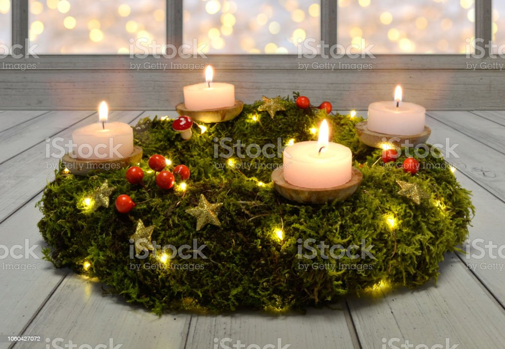 advent christmas wreath burning decorate celebrate tradition tealight