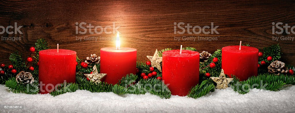 Advent decoration with one burning candle – Foto