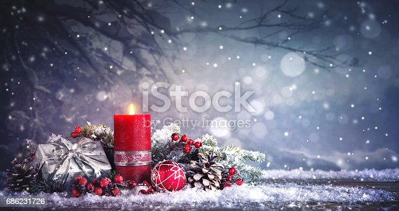 istock Advent decoration with one burning candle 686231726