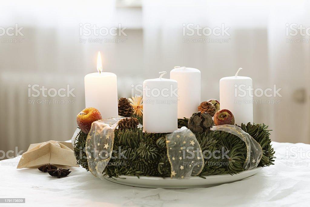 advent Kranz brennende Kerze in cristmas Zeit – Foto