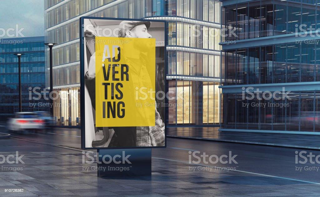 Werbung-Plakat auf der Straße – Foto