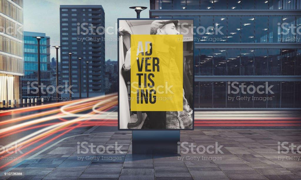 panneau d'affichage publicitaire dans la rue - Photo